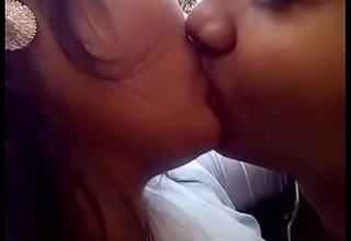 Desi girl kiss with her fixture