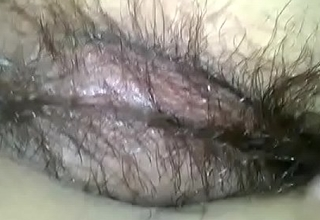Indian hairy Pinki bhabhi similar to one another all by husband Jeet(Jeet &amp_ Pinki Bhabhi videos)