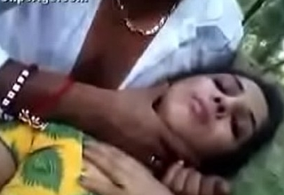 Mallu aunty fucked in jungle