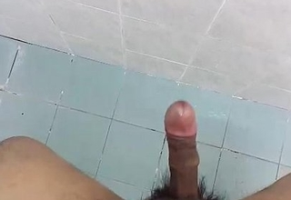 Desi indian mendicant jerking exclusively super cumshot