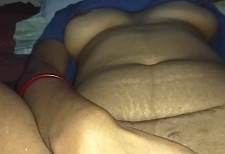 Desi Indian Teen Massaging and Pinpointing The brush Stingy Pussy sex  asian  free  sex  sex  tube  勾引美团外卖小哥黑丝沙发上吹硬鸡巴再坐上来 free  sex  tube